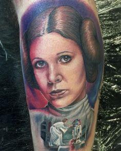 Princess Leia Tattoo by Chris Jones. #ink #inked #Inkedmag #tattoo #princess #leia #star #wars #color #realism
