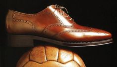 6ef643c59edd Buying the right shoes - Groom List Gentleman Shoes