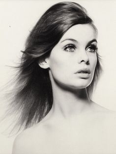 Portrait of model Jean Shrimpton, United Kingdom, photograph by David Bailey. Jean Shrimpton, Swinging London, Lauren Hutton, Linda Evangelista, Top Models, David Bailey Photographer, Richard Avedon, Vogue Magazin, Photo Star