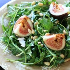 Fig and Arugula Salad | So simple and so delicious!