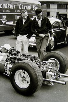 VISIT FOR MORE 1965 Driver John Surtees and Ferrari Formula One car designer at the time Mauro Forghieri. The post 1965 Driver John Surtees and Ferrari Formula One car designer at the time M appeared first on ferrari. Ferrari F1, Ferrari Racing, F1 Racing, Drag Racing, Racing Team, Bugatti, Volkswagen, Jochen Rindt, Gilles Villeneuve
