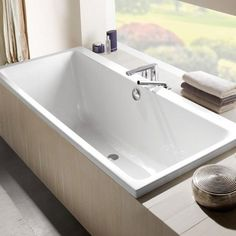 The Villeroy And Boch Subway Rectangular Bath is an elegantly simple bath tub, available in a number of sizes, working perfectly in many different bathroom styles.
