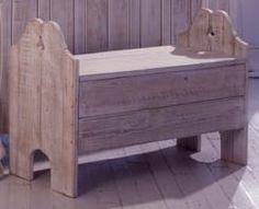 Seashore storage bench