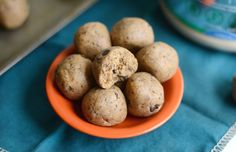 Chocolate Chip Cookie Dough Protein Balls Recipe (120 calories)