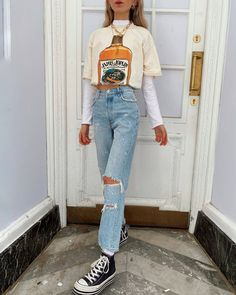 Source by college outfits casual Indie Outfits, Teen Fashion Outfits, Edgy Outfits, Retro Outfits, Look Fashion, Vintage Outfits, Skater Outfits, Photoshoot Fashion, 90s Fashion