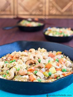 Tofu Veggie Fried Rice - Chinese takeout gets a healthy makeover in this vegetarian fried rice! @produceforkids