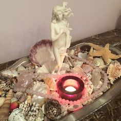 Step by step instructions on how to create a GORGEOUS #altar to #Goddess #Aphrodite from #GoddessLifestylePlan