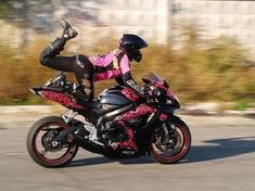 Jessica Maine mid-stunt. Girls… motorcycles… girls that can ride the hell out of motorcycles. WINNING.  My bad- sometimes the internet leads you astray. This is actually stunt rider Angela Bogdanova, not Jessica Maine. Thanks to LeahStunts for the correction!