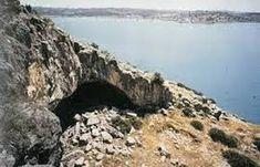 Risultati immagini per grotta franchthi