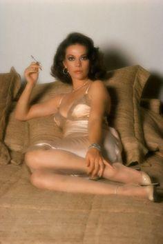 Natalie Wood - 1964  Film Noir Photos: Smoking in Bed (2)