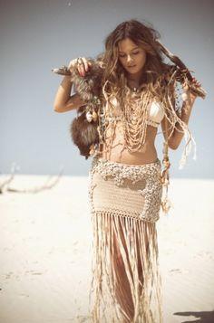 ╰☆╮Boho chic bohemian boho style hippy hippie chic bohème vibe gypsy fashion indie folk the . Boho Gypsy, Boho Hippie, Hippie Style, Hippie Vintage, Look Hippie Chic, Hippie Masa, Style Boho, Look Boho, Gypsy Style