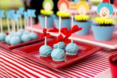 Sweet and Clever's Birthday / Carnival/Circus - Photo Gallery at Catch My Party Circus 1st Birthdays, Carnival Birthday Parties, Circus Birthday, First Birthdays, Crazy Kitchen, Circus Baby, Holidays And Events, Party Ideas, Prom