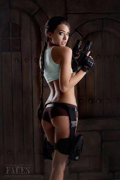 Lara Croft cosplay by Joanie Brosas