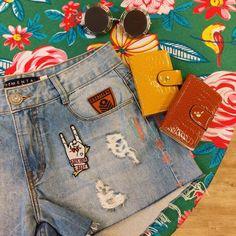 Um jeans (personalizado, e unico) para a viagem 🌵🍃 #lojaamei #patch #jeans #carteira #oculos #sol #viagem