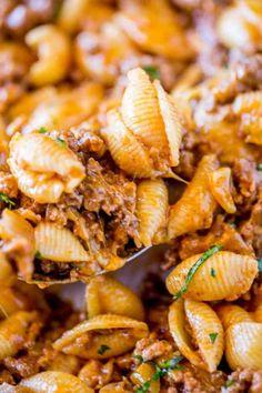 Cheesy Taco Pasta - Dinner, then Dessert Crock Pot Recipes, Casserole Recipes, Cooking Recipes, Crock Pot Pasta, Easy Taco Casserole, Cooking Beets, Kitchen Recipes, Easy Cooking, Kitchen Tips