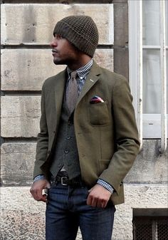 olive green blazer with flap-less patch pockets, teamed with a beanie #casual