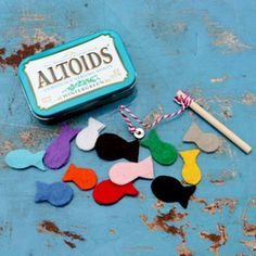 Magnetic Felt Fishing Kit that fits in an Altoids tin!