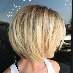 60 Best Short Bob Haircuts and Hairstyles for Women : Blonde Layered Bob For Fine Hair Bob Hairstyles For Fine Hair, Layered Bob Hairstyles, Short Bob Haircuts, Feathered Hairstyles, Hairstyles Haircuts, Cool Hairstyles, Haircut Bob, Wedding Hairstyles, Hairstyle Ideas