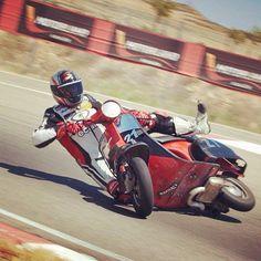 Extreme Vespa racing by Javi Royo!! #Padgram