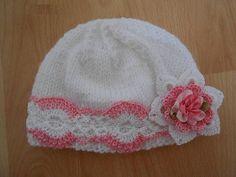 bonnet bébé fleur/Bonnet bébé en laine et coton  tricoté