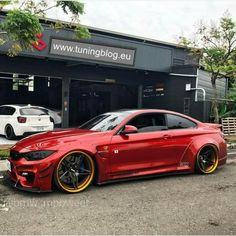 BMW F82 M4 red widebody