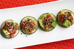 Spicy Crunchy Tuna Tartare Gina's Weight Watcher Recipes   Servings: 4 • Serving Size: 1/4 • Points +: 5 pts • Smart Points: 4 Calories: 197.6 • Fat: 10.3 g • Protein: 18.6 g • Carb: 7.9 g • Fiber: 3.1 g