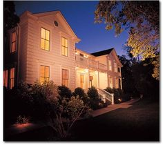 spending our 25th anniversary at  MacArthur place in sonoma? anyone been there!