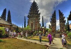 10 day bali itinerary has some good tips for traveling round Bali Indonesia #traveltipsjapan