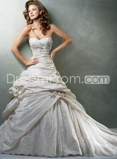 Gorgeous A-Line /Princess Strapless Floor-Length Chapel Train Beading Taffeta Wedding Dresses