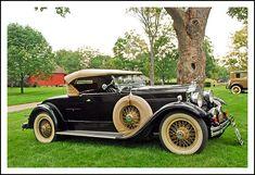 Vintage Auto, Vintage Cars, Antique Cars, Kultura, September 7, Homemade Dog Treats, Car Photos, Low Poly, Hot Cars