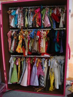 Fashion Plate: Fantastic Barbie Closet _ inside the pink trunk Barbie Storage, Barbie Organization, Doll Storage, Kids Storage, Shoe Storage, Storage Ideas, Storage Chest, Organizing, Barbie Room