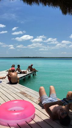 Travel Photography Discover Laguna Bacalar in Mexico The turquoise colored Laguna Bacalar is one of the best hidden gems of Mexico. Read through our guide to learn more about these 10 incredible destinations of Mexico that you didnt know existed! Mexico Destinations, Travel Destinations, Mexico Travel, Spain Travel, Videos Mexico, Beautiful Places To Travel, Travel Videos, Travel Aesthetic, Travel Goals