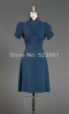 A lovely blue day dress, Reminds me of a dress I made for Radio Hour musical years ago for a beautiful young lady Vestidos Vintage, Vintage Dresses, Vintage Outfits, Look Vintage, Vintage Mode, Vintage Beauty, 1930s Fashion, Retro Fashion, Vintage Fashion