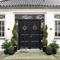 Instagram Story, Instagram Posts, Architecture Design, Garage Doors, Villa, House Design, Landscape, Outdoor Decor, Inspiration