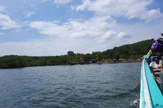 Relax on Koh Jum Nach dem Norden folgt der Süden! Noch mal kurz zum ausspannen an die Andaman Sea. Koh Jum wurde mir von einer Bekannten genannt, um mal richtig auszuspannen und den Touristen Massen in Thailand zu entkommen. Es schon einmal vorwegzunehmen – sie hatte damit recht, obwohl Koh Lanta und Koh Phi Phi nicht weit entfernt sind.  https://www.overlandtour.de/relax-koh-jum/  #AndamanSeaThailand #KohJum #PierLeanKurat #PierMuTu koh_jum_2014_002