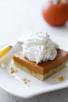 Easy as Pumpkin Pie Bars — Pip and Ebby Frozen Pumpkin, Pumpkin Pie Bars, Pumpkin Cake Recipes, Pecan Pie Bars, Pumkin Cake, Pumpkin Dessert, No Bake Desserts, Delicious Desserts, Dessert Recipes