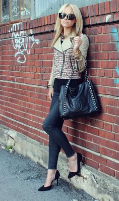 Tweed, skinnies, tote bag