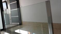 Barandas minimalistas, con diseño personalizado y exclusivo, transparencia y amplitud, de facil limpieza. Certificado de Instalación Vemax, perfil U embutido al forjado, vidrio laminado 10+10, protección antilesiones. Un resultado único para tu vivienda. www.vemax.es