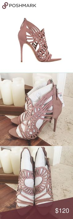 Leather high heel sandals Mauve colour leather high heel sandals. Laser- cut asymmetric strap detail. Rear zip closure. Heel height of 10 cm. New with tags comes with original packaging Zara Shoes Heels