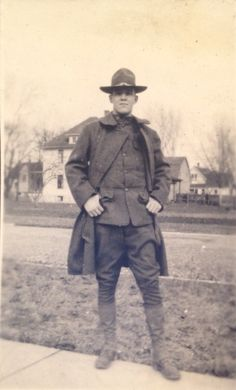 /r/OldSchoolCool **History's cool kids, looking fantastic!** A pictorial and video celebration of history's coolest kids, everything from. Military Guys, Military Uniforms, World War One, First World, Great Warriors, Army Soldier, American Soldiers, Usmc, Us Army
