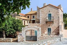 About a year ago, an old building of 1858 was transformed into a olea traditional guesthouse that combines all contemporary comforts. Old Building, Greece, Traditional, Contemporary, Mansions, Country, House Styles, Home Decor, Greece Country