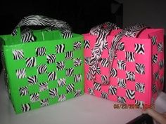 duct tape zippered purse | just cut out strips of duct tape the desired length of ur bag..then ...