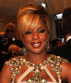 Mary J Blige - French Twist Updos Hairstyle