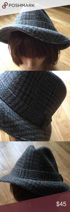 VINTAGE MENS PENDLETON TWEED FEDORA Size 7 3/8. Re-posh. Selling for more on other sites! Take advantage of my bundle discount! 💯 % wool. Stiff brim. Fully lined. Authentic and awesome! Any questions please ask! Offers welcome.✅ No trades 🚫Tx for browsing! Price will be reduced as soon as I determine what I paid! Marian 🌹 Vintage Accessories Hats