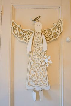 Hello everyone, I have been adding some Christmas touches in our kitchen lately where the theme is red and white. My red and white toil. Christmas Wood, Christmas Angels, White Christmas, Christmas Holidays, Christmas Decorations, Christmas Ornaments, Christmas Ideas, Angel Protector, Crafty Angels