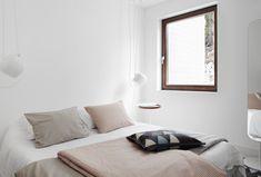 Eva Lilja Löwenhielm home - Fantastic Frank Closet Bedroom, Home Bedroom, Bedroom Decor, Design Bedroom, Bedroom Furniture, Design Scandinavian, Scandinavian Living, Home Staging, Cheap Closet