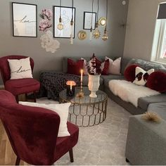 Best Small Living Room Design Ideas for 2019 Thinking of renovating your living room? Then you've come at the right place! Here, collected best small living room designs and living room decoration ideas. Best Small Living Room Design Ideas for 2019 Decor Home Living Room, Small Living Room Design, Living Room Interior, Living Room Designs, Home Decor, Romantic Living Room, Bohemian Living, Living Rooms, Small Room Bedroom