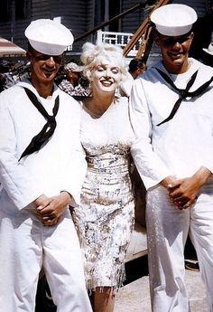 "Marilyn💋 ""Some Like it Hot"" Hollywood Actor, Hollywood Actresses, Old Hollywood, Marilyn Monroe, Norma Jeane, Vintage Beauty, Beautiful Women, Actors, Celebrities"