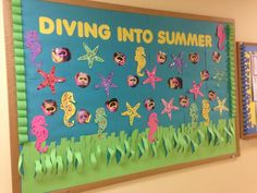 Summer is coming! With that, it means you can make several arts to do at home. Thus, we give you 48 stunning summer bulletin board decoration ideas to give you inspiration this summer. Hopefully, you can make your ideal bulletin board with these ideas. Beach Bulletin Boards, Toddler Bulletin Boards, Birthday Bulletin Boards, Toddler Classroom, Classroom Bulletin Boards, Classroom Crafts, Preschool Activities, Classroom Door, Preschool Birthday Board
