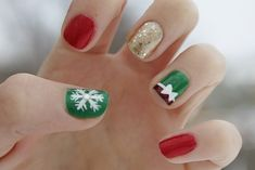 Top 50 Most Beautiful Christmas Nail Art Ideas For You To Try | Easyday